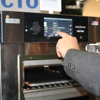 Alto-Shaam Vector oven